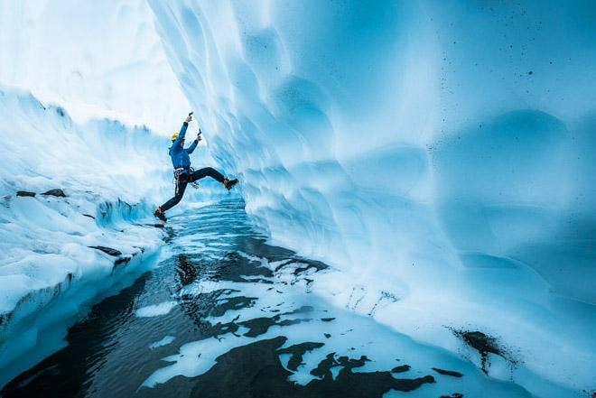 Angela VanWiemeersch - Le Glacier Matanuska